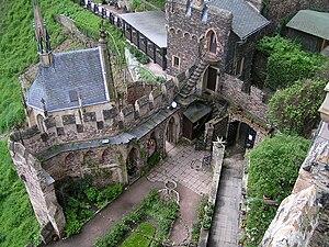Rheinstein Castle - Inner yard