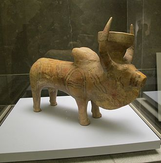 Kulli culture - Rhyton (drinking vessel), zebu shaped. Painted terracotta. Pakistan, Nindowari site, 2300-2000 BCE, Kulli culture, the time of the Indus civilization. Guimet Museum, Paris.