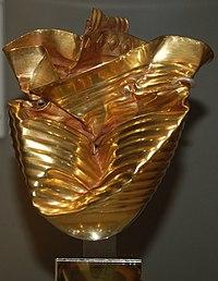 200px-RinglemereCup-BritishMuseum-200708