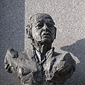 Robert Brauner bronze figure.jpg