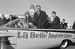 Robert Dhery, de Franse regisseur van de film La Belle Americaine met echtgeno, Bestanddeelnr 913-5524.jpg