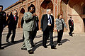 Robert Gates tour the Humayun's Tomb 1.jpg