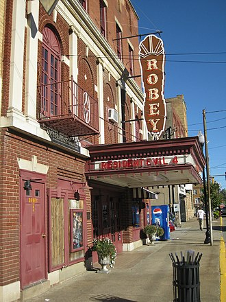 Roane County, West Virginia - Image: Robey Theatre in Spencer, West Virginia (2010)