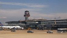 Rom Fiumicino Airport 2008 by-RaBoe 04.jpg