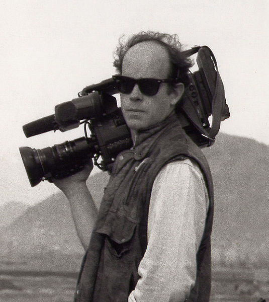 File:Rorypeck camera.jpg