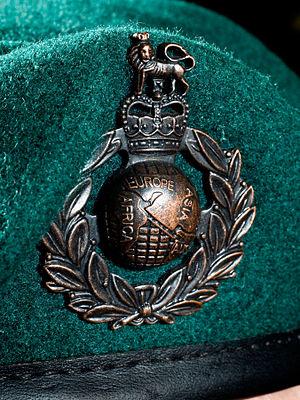 Uniforms of the Royal Marines - Beret badge and green beret of the Royal Marines Commandos