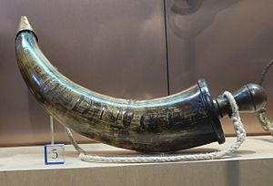 Powder horn - Royal Navy powder horn with engraving