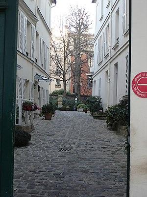 Rue du Cardinal-Lemoine; Paris; Backyards