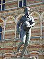 Rugby School - Dunchurch Road, Rugby - statue of William Webb Ellis (33162872973).jpg