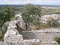 Ruines des communs du fort de Buoux.jpg