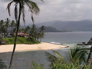Geography of São Tomé and Príncipe - Beach scenery on São Tomé.