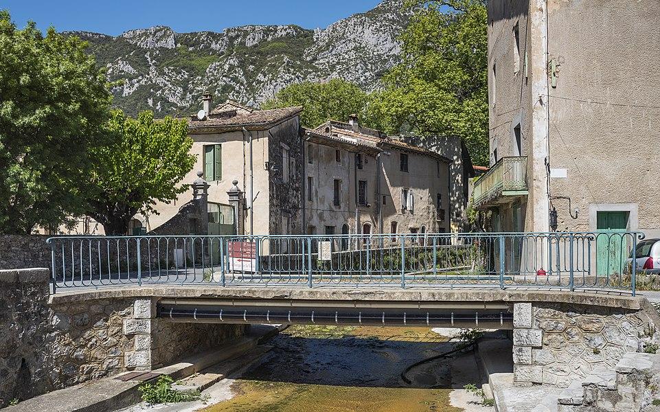 Bridge in the village of Saint-Jean-de-Buèges, Hérault, France