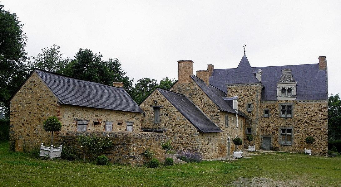 Manoir de la Joubardière en Saint-Martin-du-Limet (53).