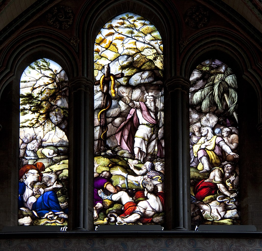 File salisbury cathedral stained glass 2 5690703307 jpg for Glass 2 glass