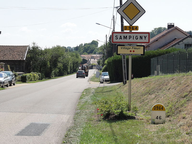 Sampigny (Meuse) city limit sign