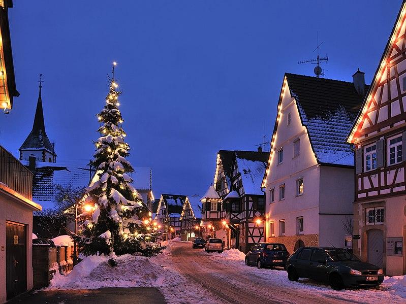 File:Schöckingen Weihnachten 2010 (3).jpg