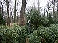Schloss Schoenhausen, statue in the park 001.jpg