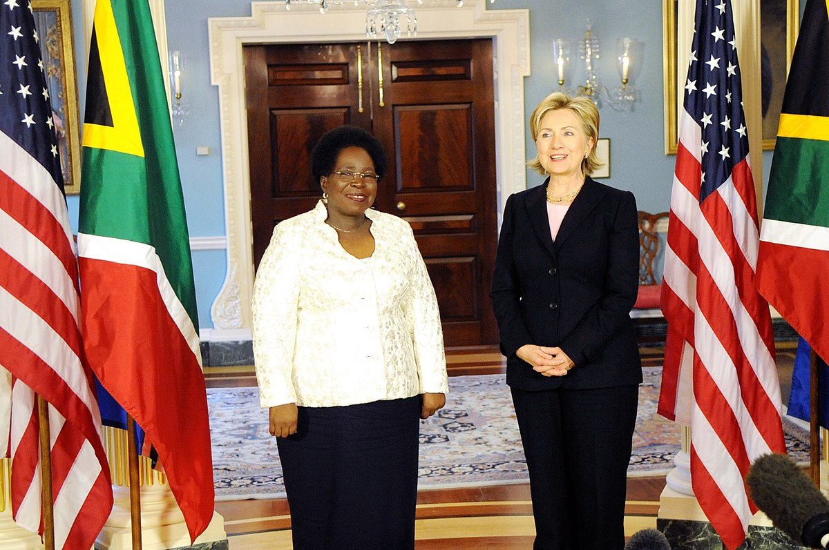 Hillary Clinton with Ms. Dlamini-Zuma