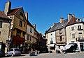 Semur-en-Auxois Place Notre-Dame 2.jpg