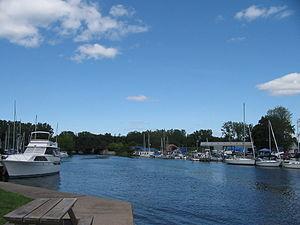 Cayuga–Seneca Canal - Image: Seneca Pk