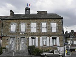 Sens-de-Bretagne (35) Mairie.jpg