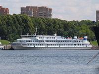 Sergei Yesenin in North River Port 25-jun-2012 01.JPG