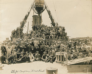 HMS Kent (1901) - Ships Company, HMS Kent (HS85-10-30400)