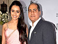 Shraddha Kapoor at Anmol Jewellers promotional event (1).jpg