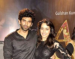 Aashiqui 2 actors dating older