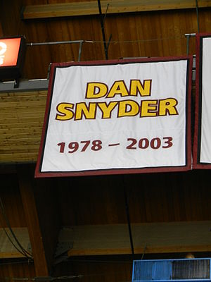 Dan Snyder (ice hockey) - The Chicago Wolves banner honoring Snyder.