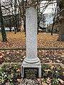 Stèle Otages Tués Nazis Avenue Louison Bobet Fontenay Bois 6.jpg