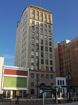 State National Bank Building - The building's exterior in 2012