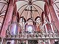 Stendal Marienkirche Lettner mit Triumphkreuz 2011-09-17.jpg