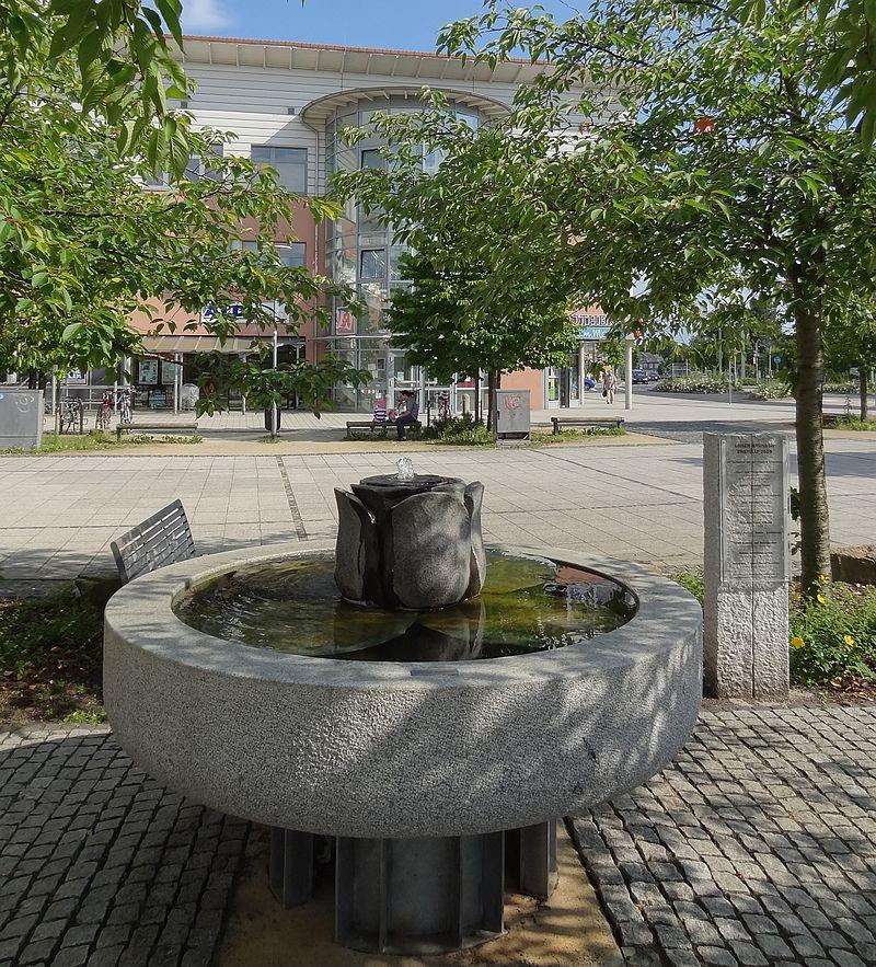Die Liste der Brunnen in Braunschweig 800px-Stoeckheimer-Brunnen_BS-Img01