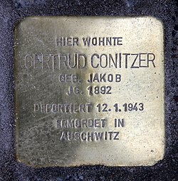 Photo of Gertrud Conitzer brass plaque