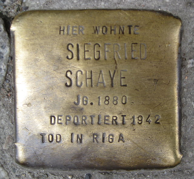 Photo of Siegfried Schaye brass plaque
