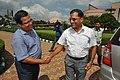 Subhabrata Chaudhuri Shaking Hands With Arun Goel - Science City - Kolkata 2018-09-23 4278.JPG