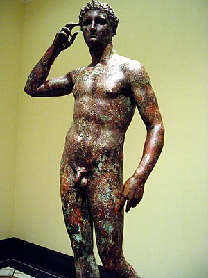 Ancient Greek sculpture - The Victorious Youth (c. 310 BCE). A remarkably weather-preserved bronze statue of a Greek athlete in Contrapposto pose.