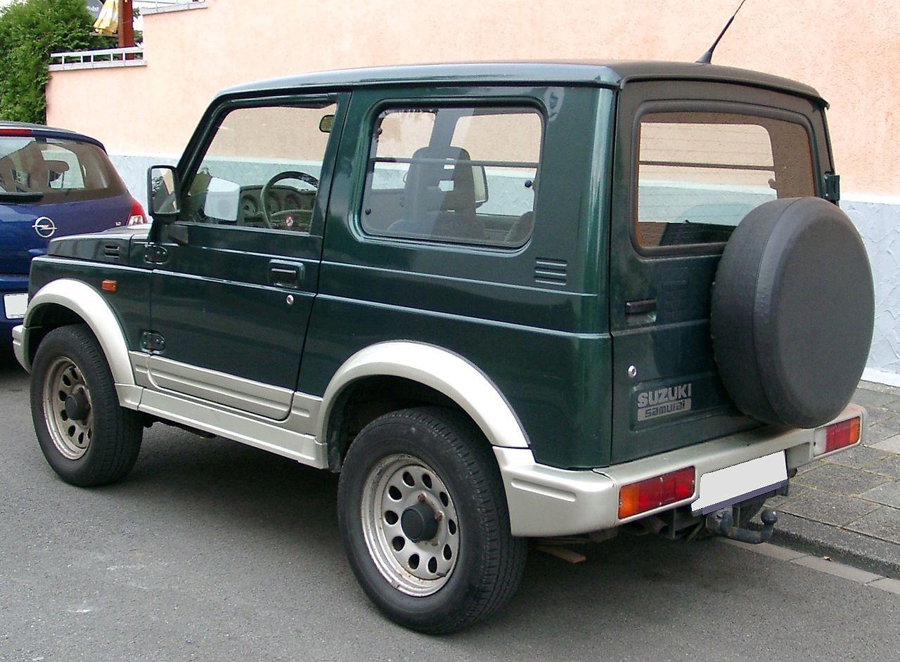 Fichier:Suzuki Samurai Rear 20071025.jpg