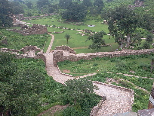 THE HAUNTED FORT OF BHANGARH 02