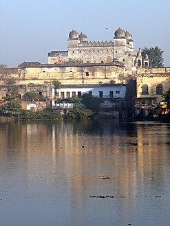 247px-Taj_Mahal%2C_Bhopal.JPG
