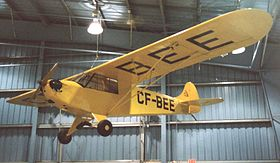 Il Taylor J-2 Cub CF-BEE esposto all'Aviation Museum di Wetaskiwin, in Alberta.