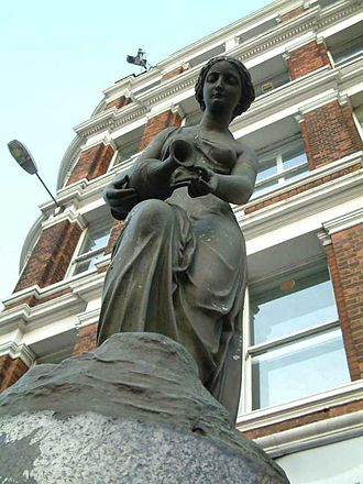 Blackfriars Bridge - Temperance, a statue atop a drinking water fountain at the north end of Blackfriars Bridge.