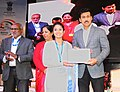 The Minister of State for Youth Affairs and Sports (IC) and Information & Broadcasting, Col. Rajyavardhan Singh Rathore presenting the awards, at the Closing Ceremony of the 22nd National Youth Festival (2).jpg