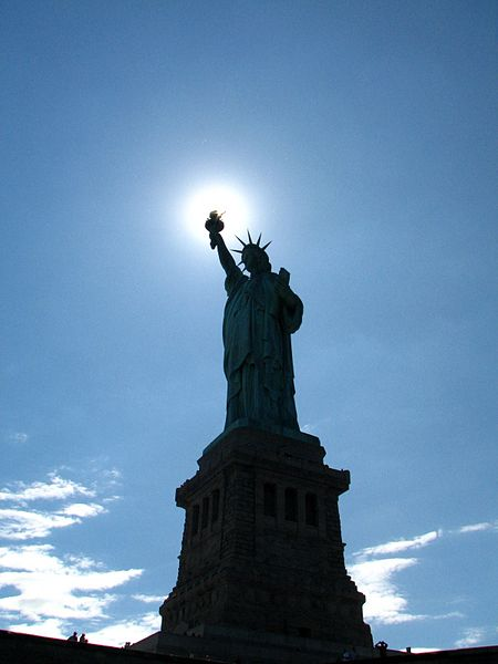 File:The light of Liberty 02.JPG