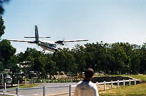 De Havilland Canada DHC-6 Twin Otter - A Twin Otter making a normal landing approach in Queensland
