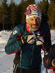 Venstre:   Thomas Wassberg blev tildelt prisen i 1980 men tog imod det først 2013.   Højre:   Annika Sörenstam blev tildelt medaljen i 1995.
