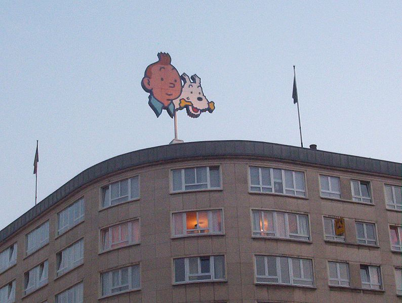 Image:Tintin advert on a building.jpg