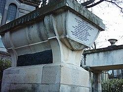 La Fontaine's tomb