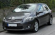 Toyota Auris Facelift front 20100926.jpg